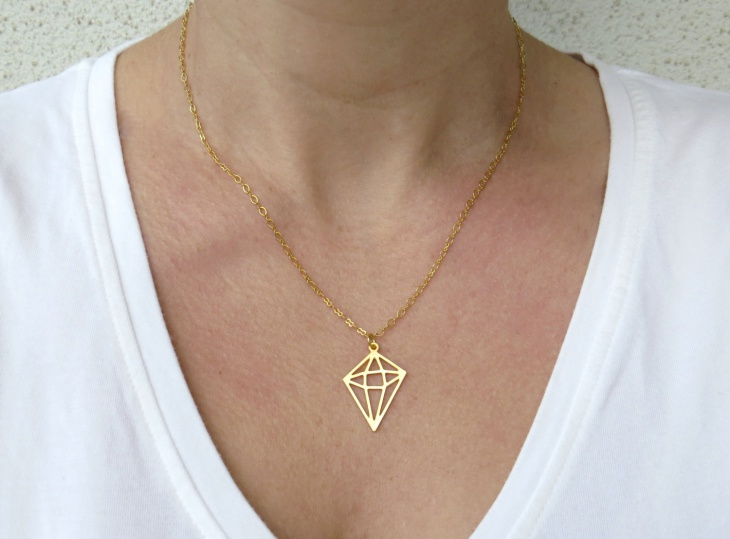 Diamond Shaped Geometric Necklace