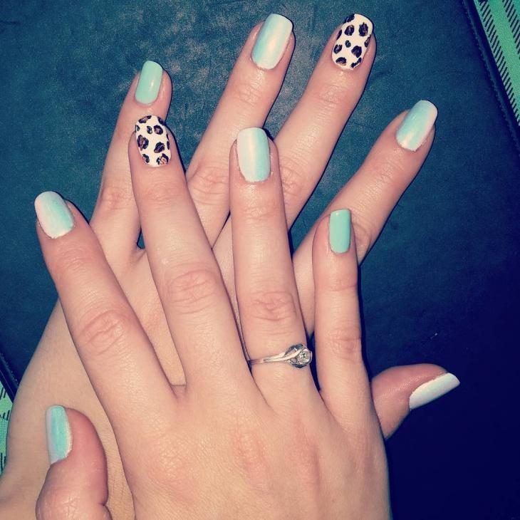 simple wild nail design