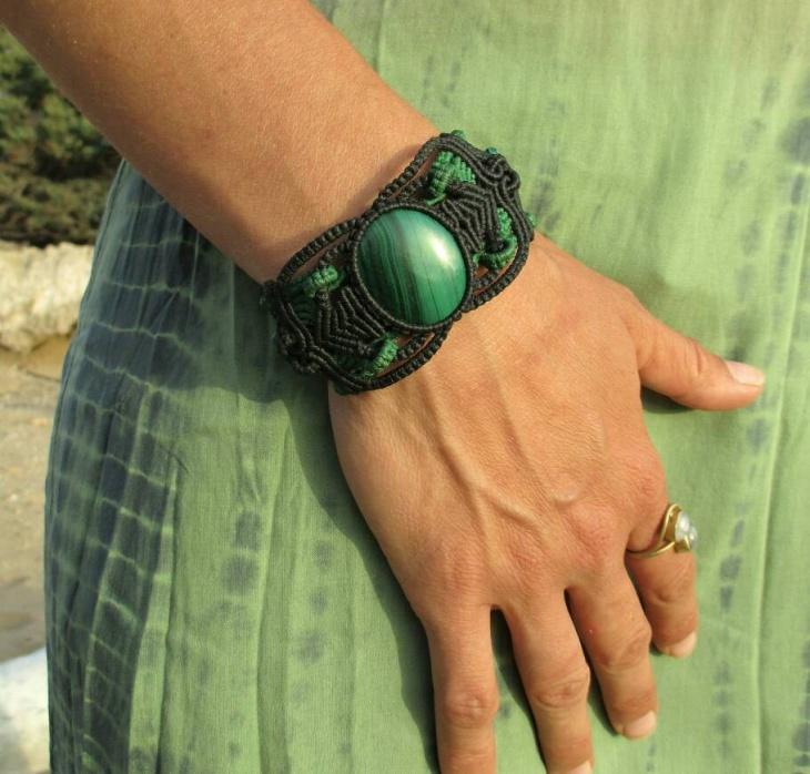 urban green bracelet