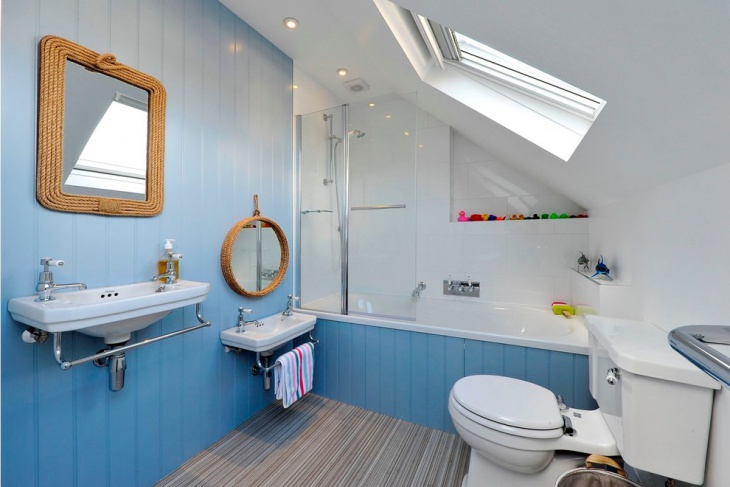 Small Nautical Bathroom Idea