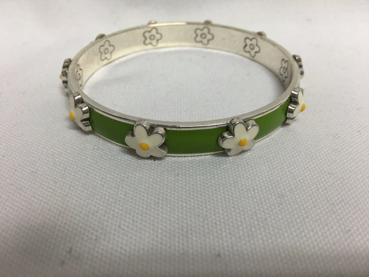 unique daisy bangle bracelet