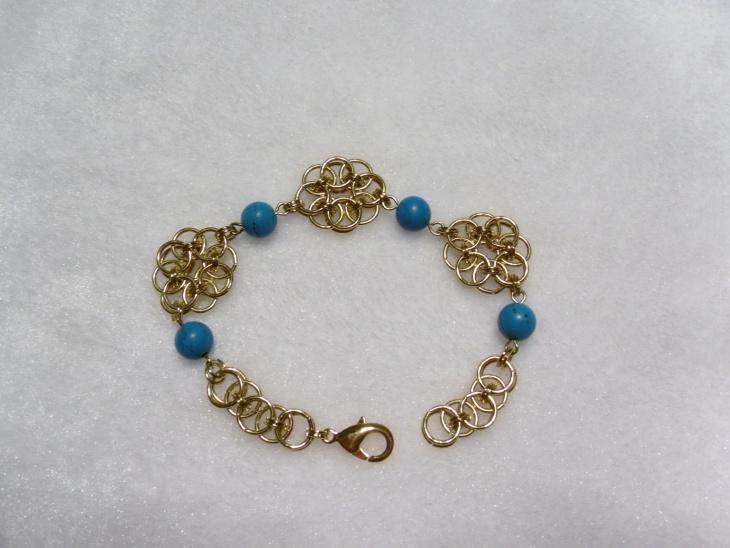 gold plated daisy bracelet
