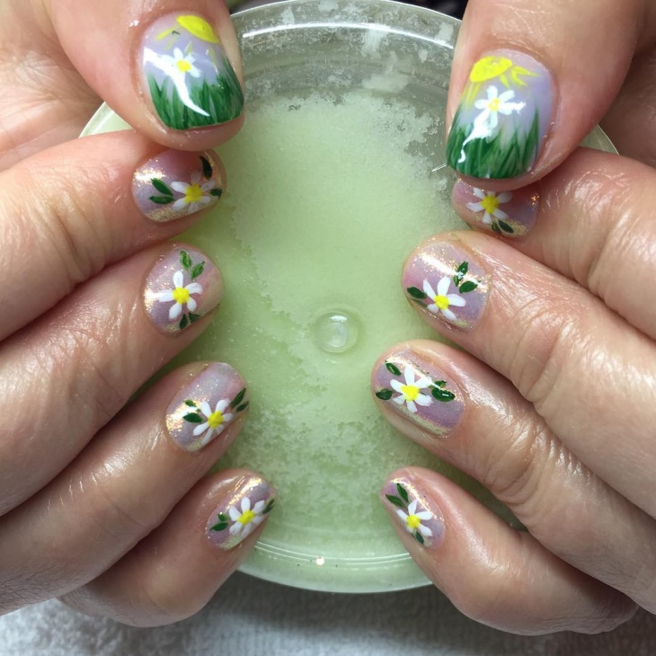 hand painted daisy nail art