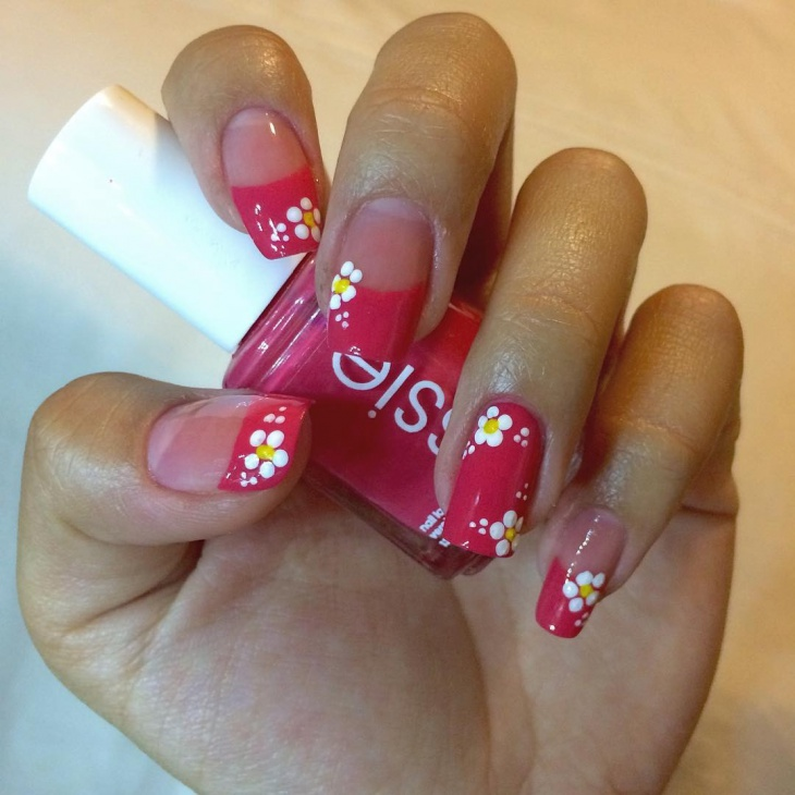 french tip daisy nails