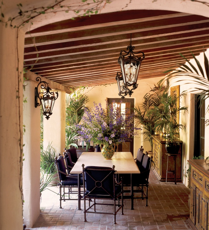 Tuscan Outdoor Dining Room Design