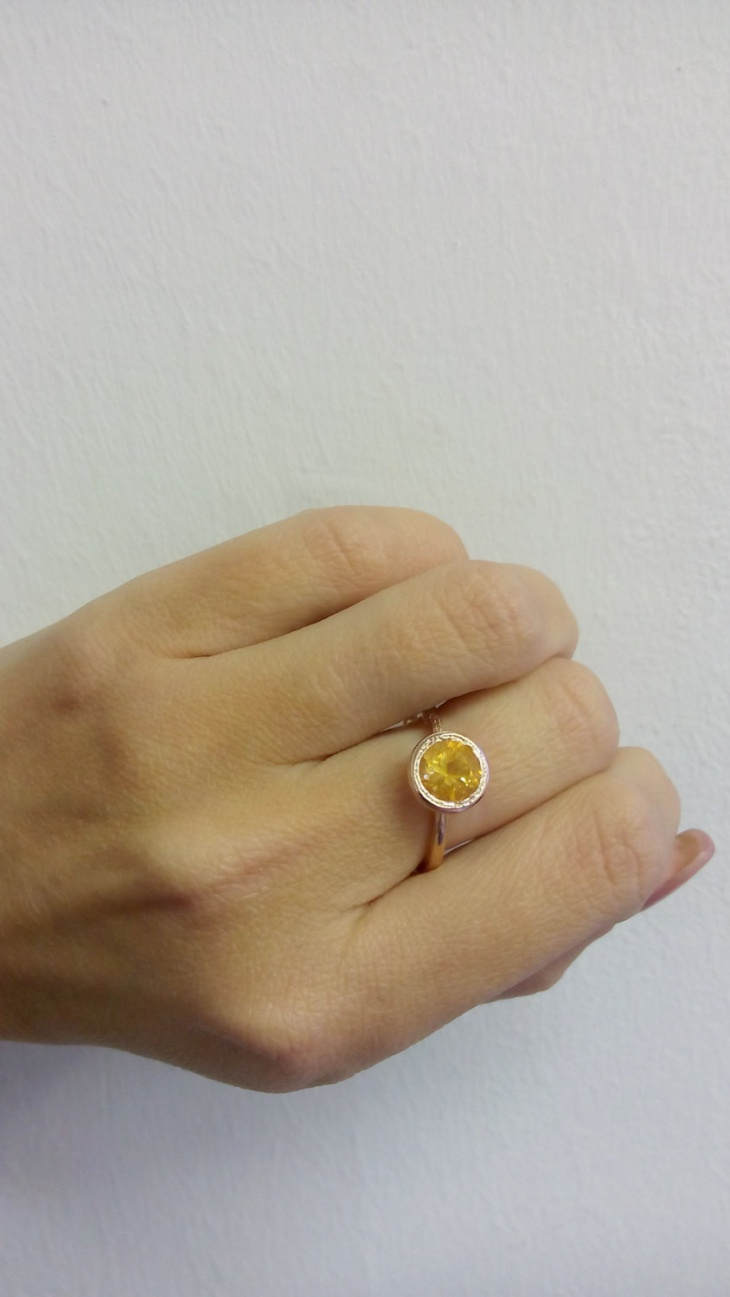 delicate gold citrine ring