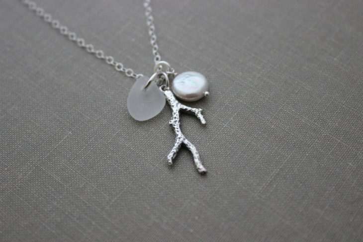 eco friendly coral necklace