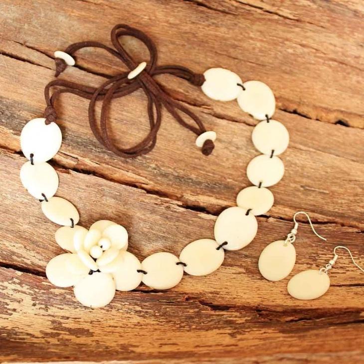 wedding eco friendly necklace