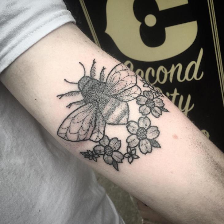 Black Work Bumble Bee Tattoo Idea