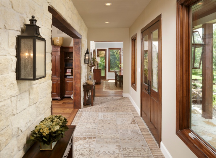 Limestone Entryway Floor Design