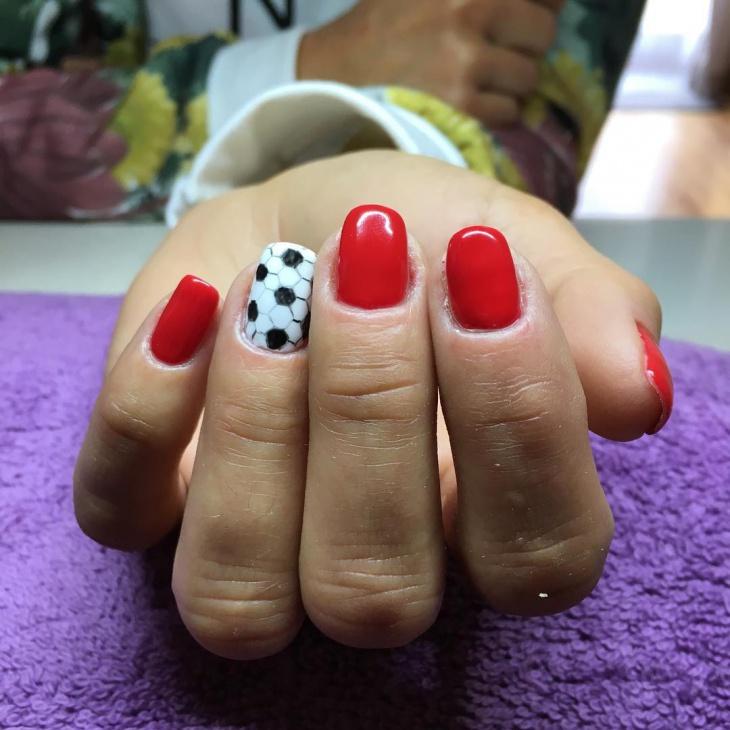 football gel nail design