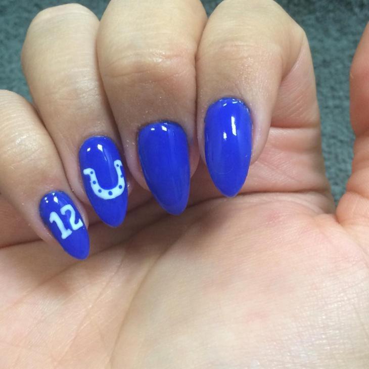 pointy football nail design