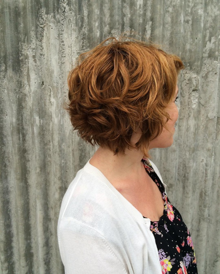 natural curly hairstyle for short hair