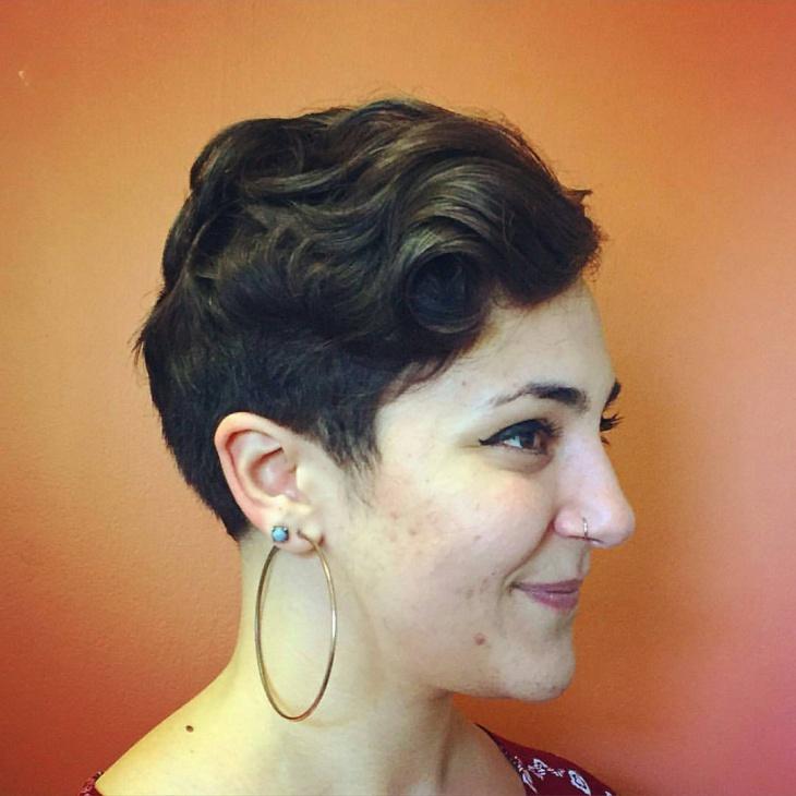short pixie haircut idea