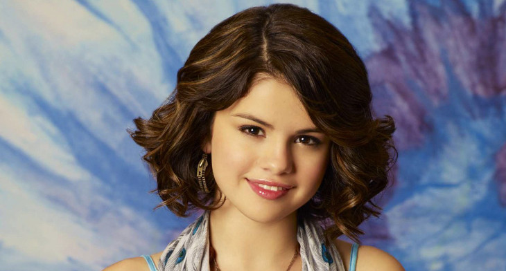 20 Short Wavy Hairstyle Ideas Designs Haircuts Design Trends