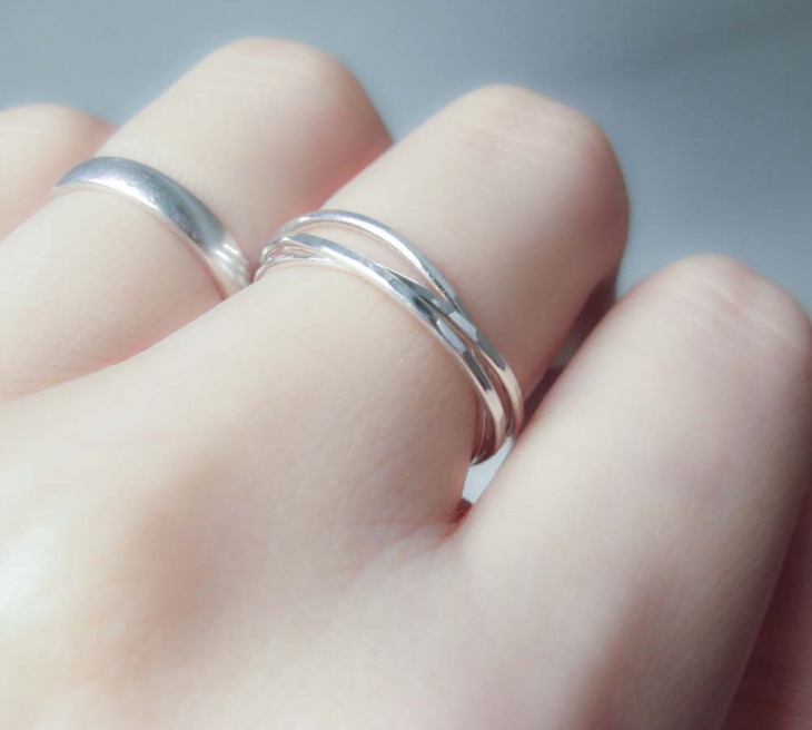 Rolling Band Ring