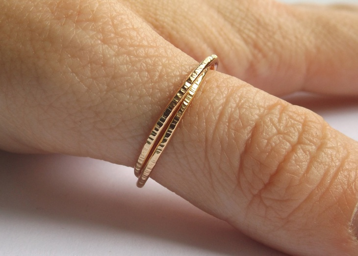 gold interlocking rolling ring