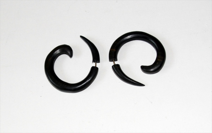Tribal Swirl Earrings Design
