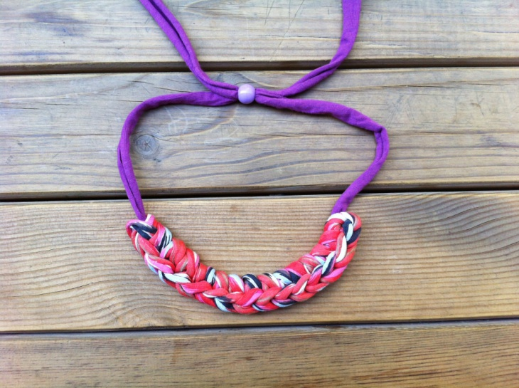 knotted fabric necklace