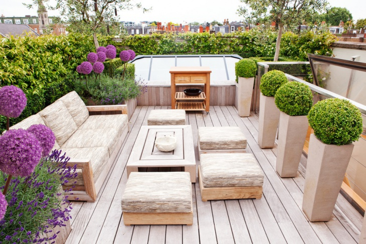 small wooden deck design