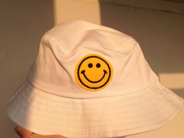 Emoji Smiley Face Hat