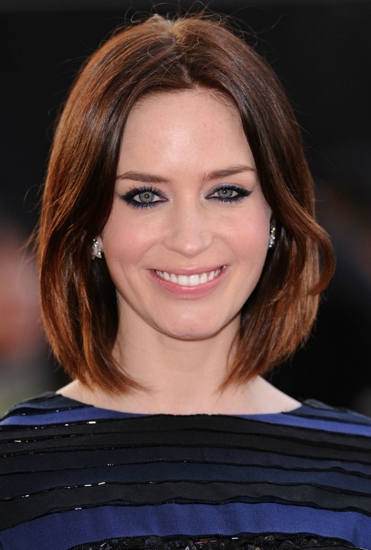 emily blunt long brunette bob hair