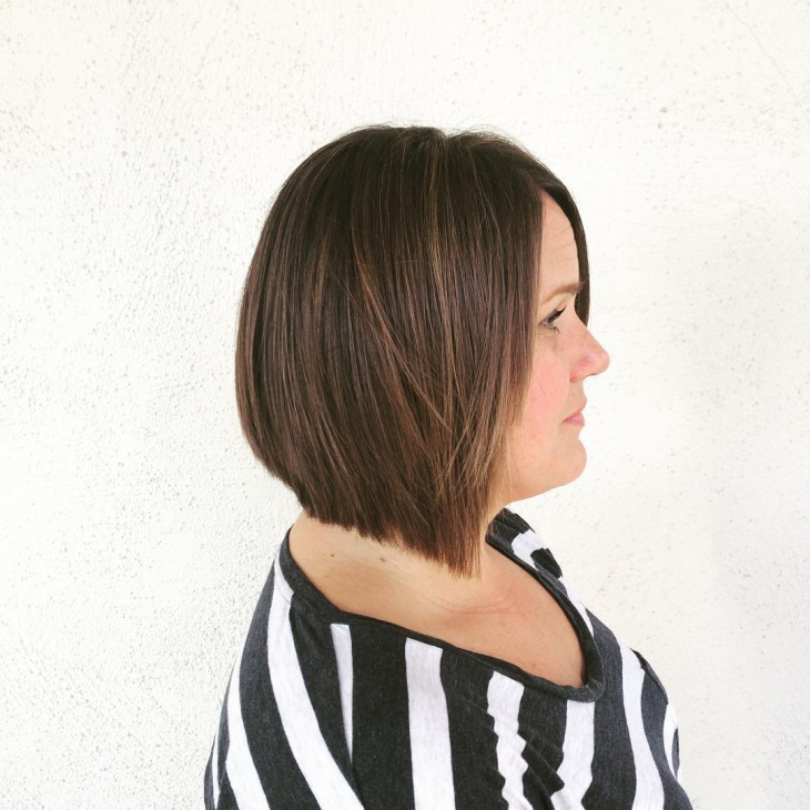 brunette bob for thick hair