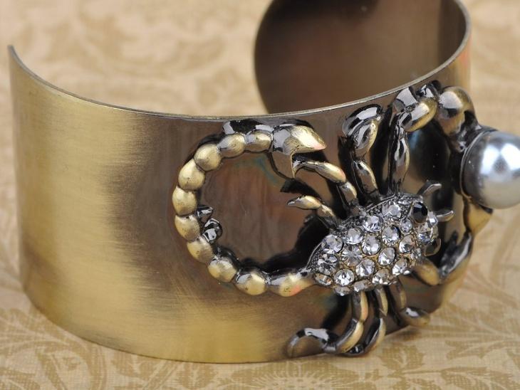 Scorpion Cuff Bracelet Design