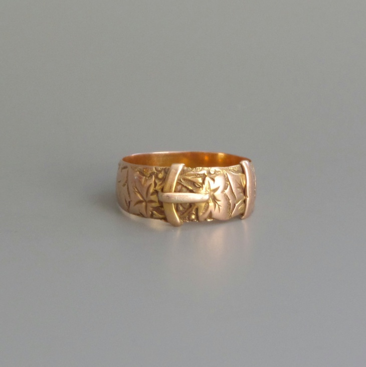 rose gold buckle ring