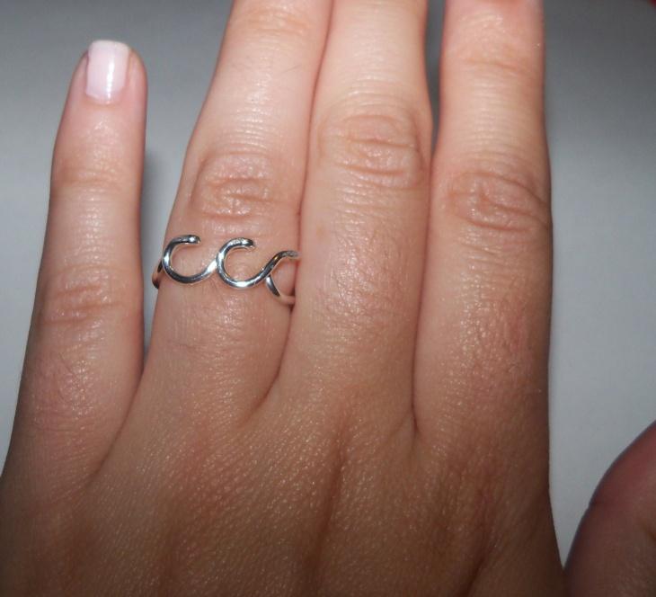 ocean wave ring design