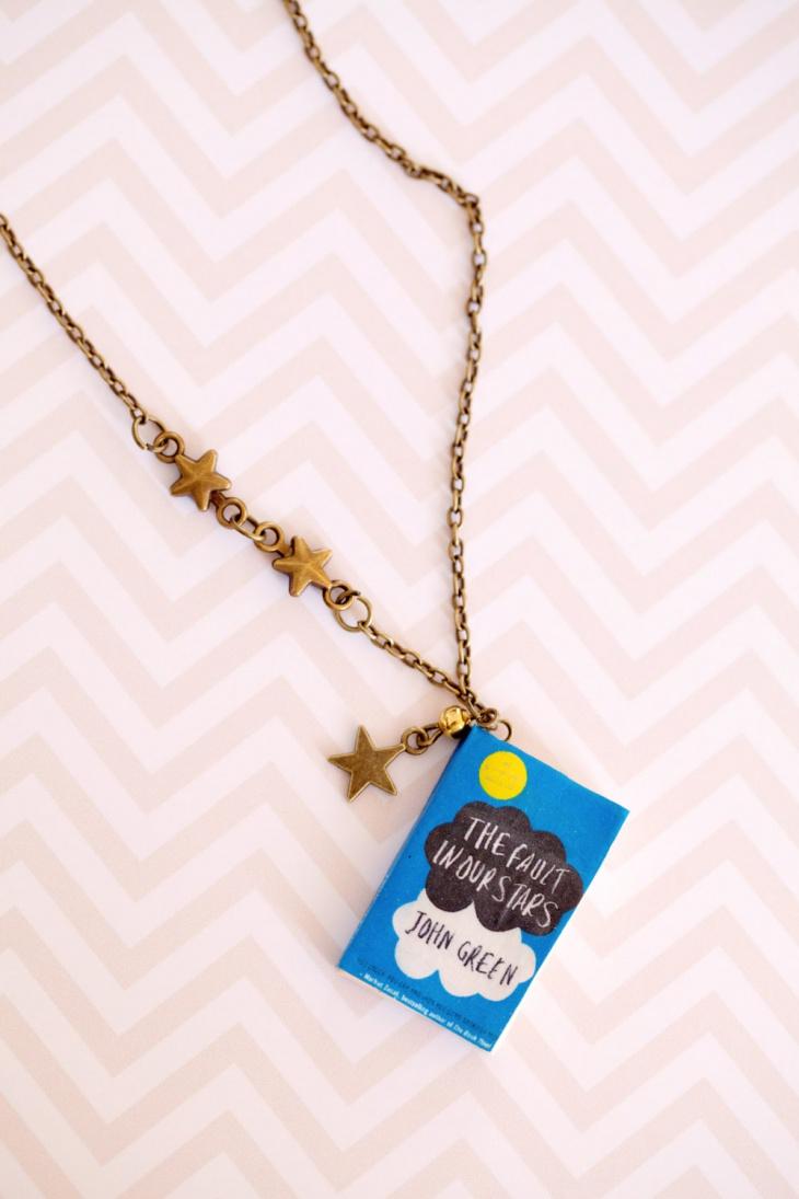 pretty book pendant necklace