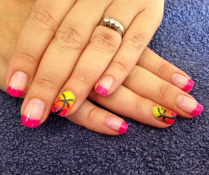 tip palm tree nail art