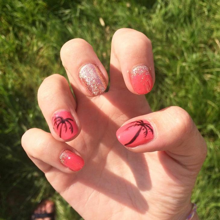 glitter palm tree nail design