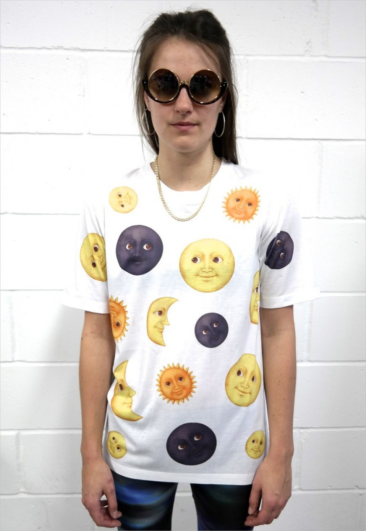 emoji moon t shirt design