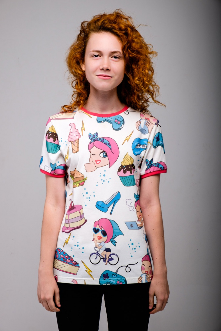 Cakes Emoji T Shirt