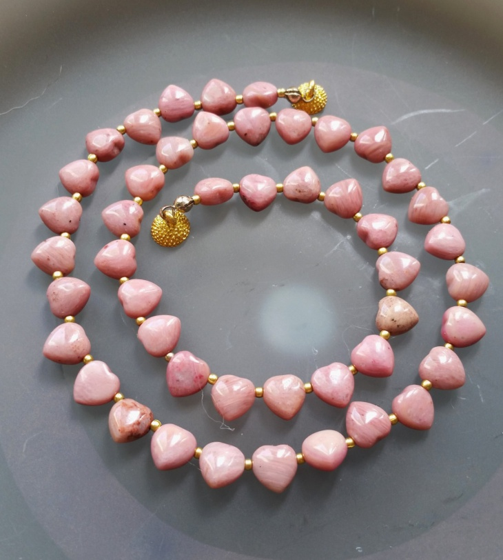 Heart Shaped Rhodonite Necklace