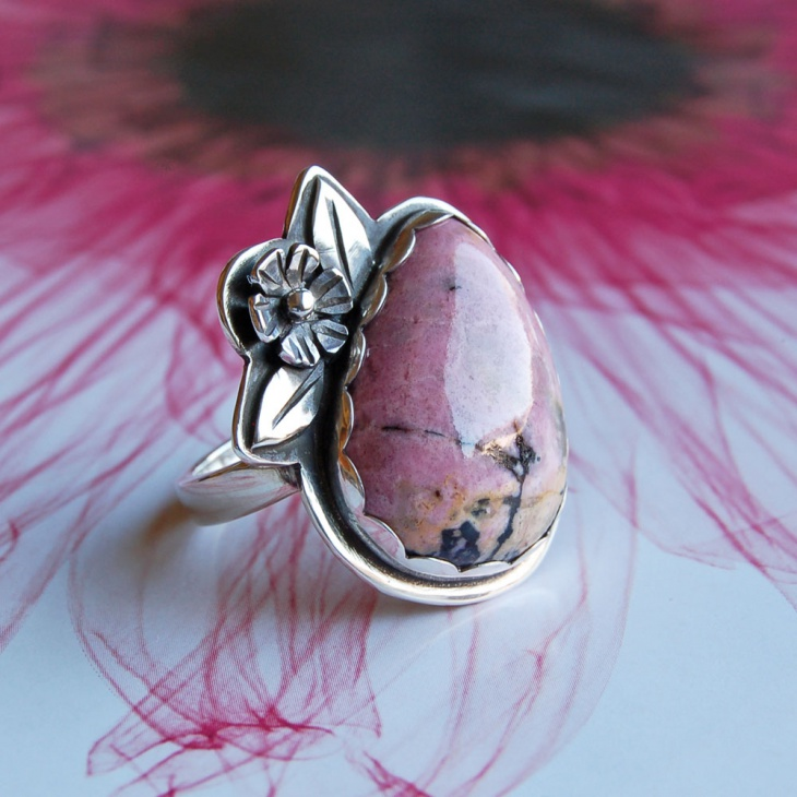 Rhodonite Ring Design
