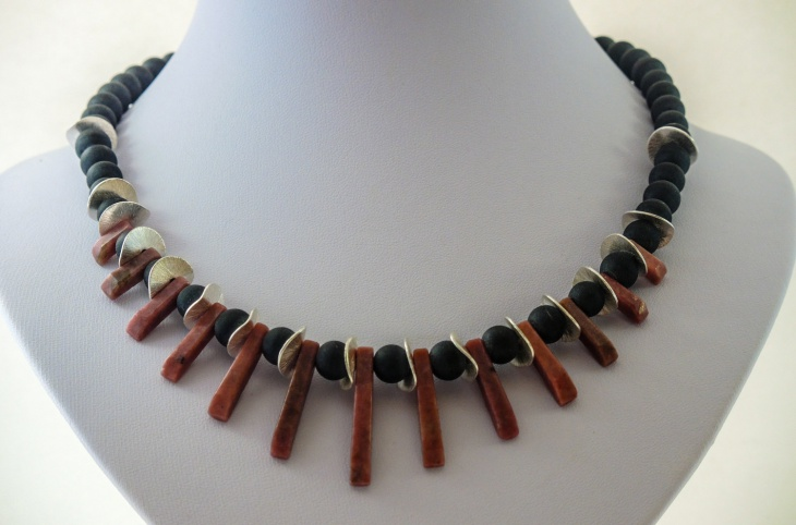 Red Blach Rhodonite Necklace