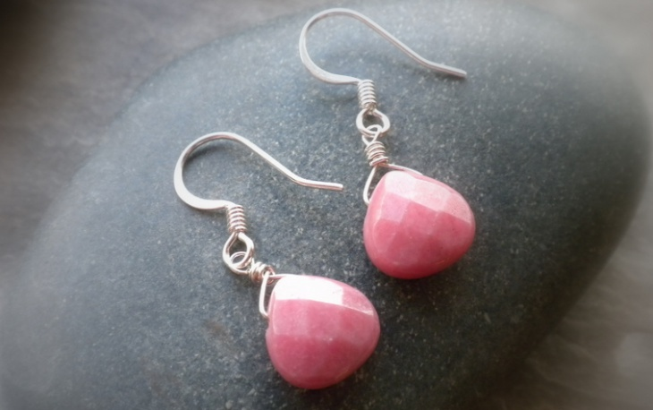Rhodonite Earrings Design