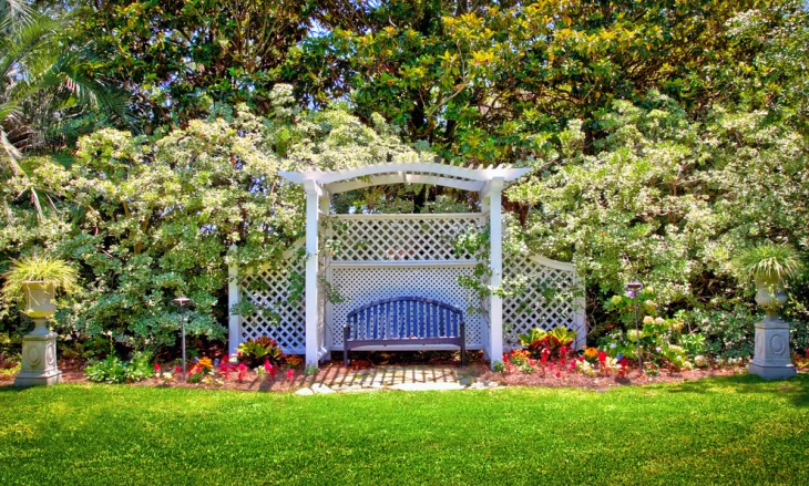 Traditional Garden Trellis Idea