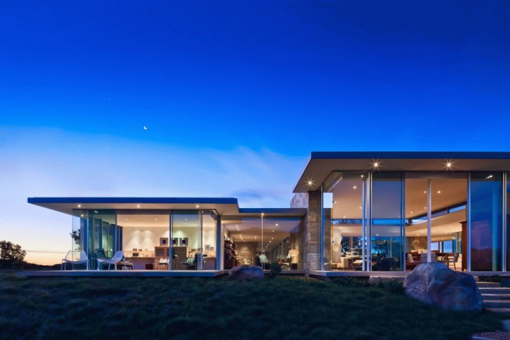 Ultra Modern Glass House