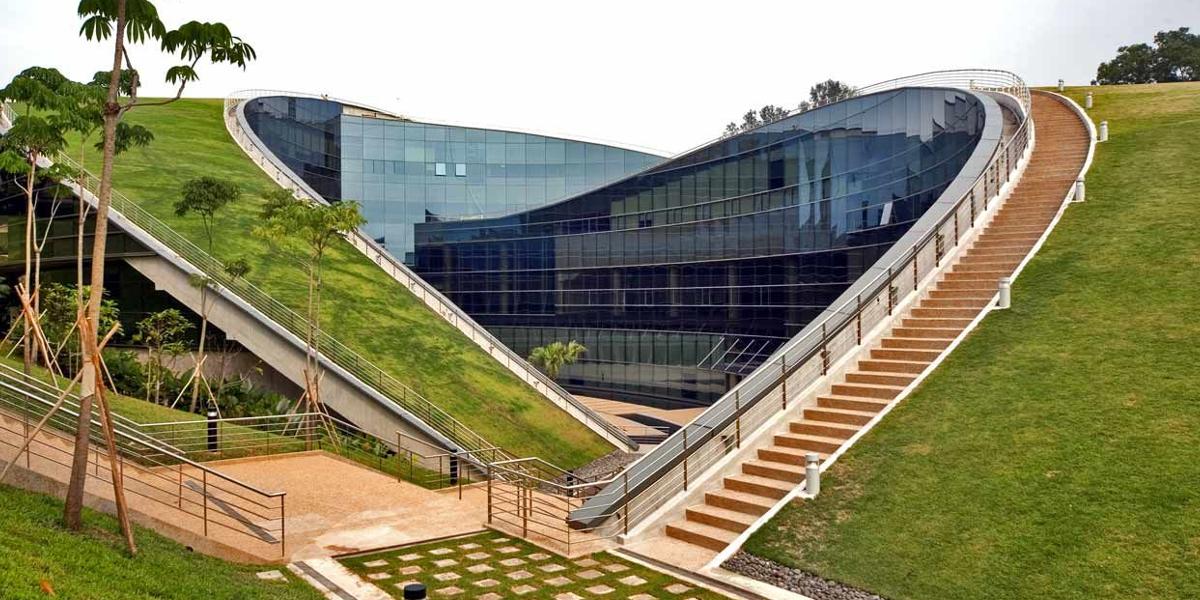 Modern School Building Designs | Design Trends - Premium PSD ...