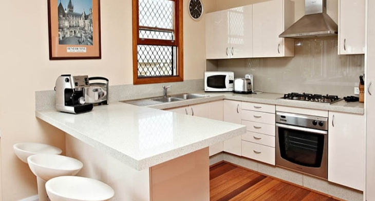 18+ Small U Shaped Kitchen Designs, Ideas | Design Trends ...