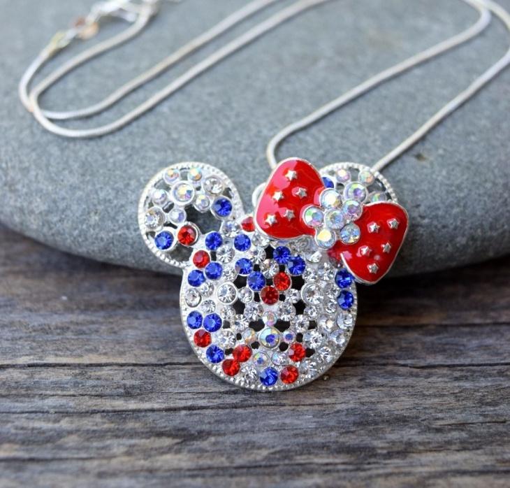 Minnie Mouse Rhinestone Pendant