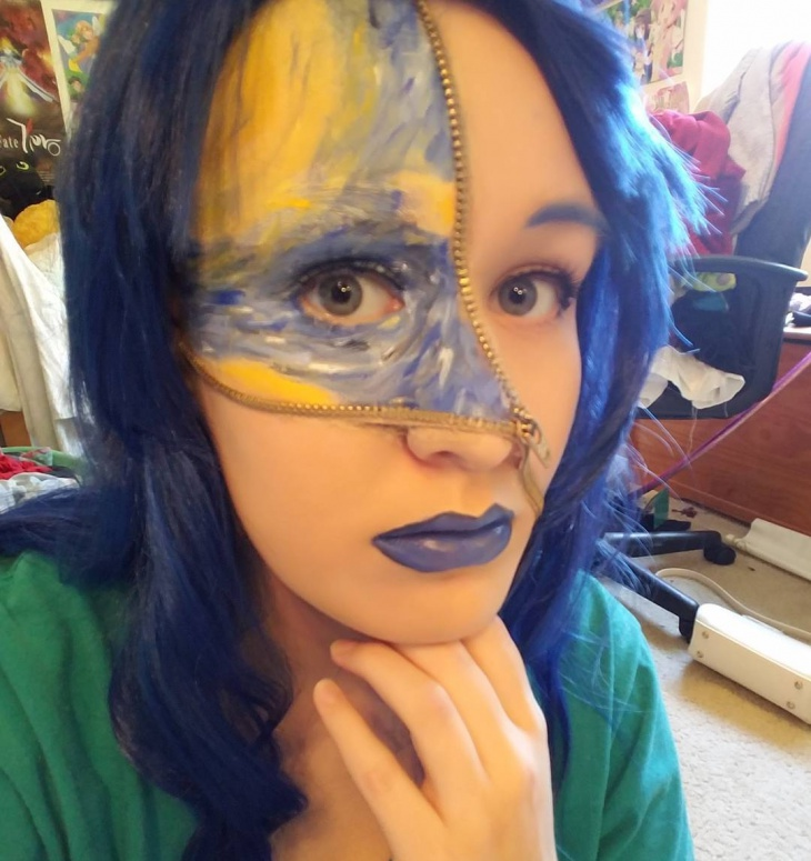Blue and Yellow Zip Makeup