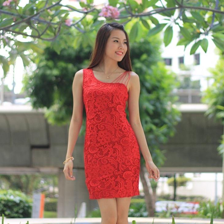 lace toga dress design