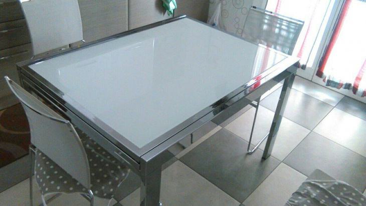 Amazing Extendable Dining Table