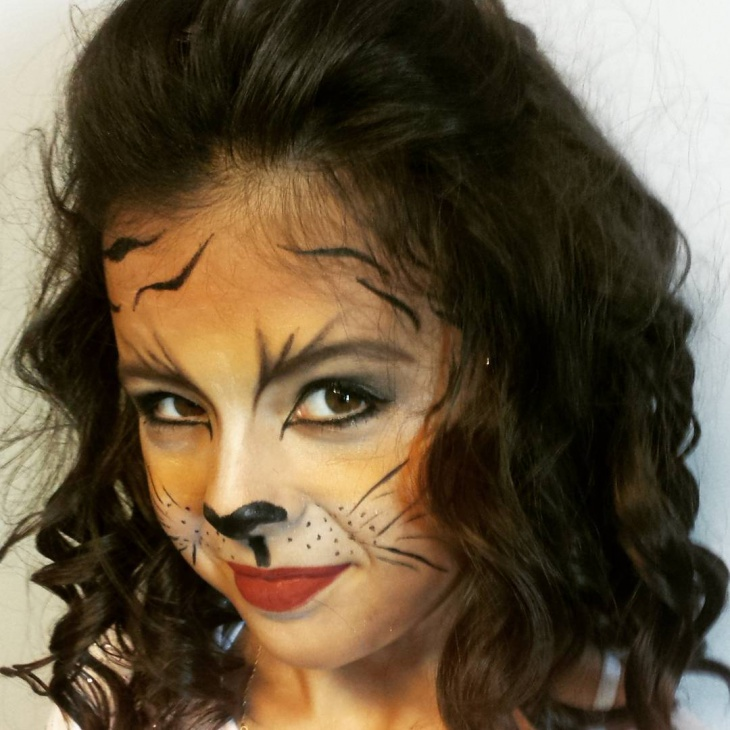Cute Tiger face Makeup