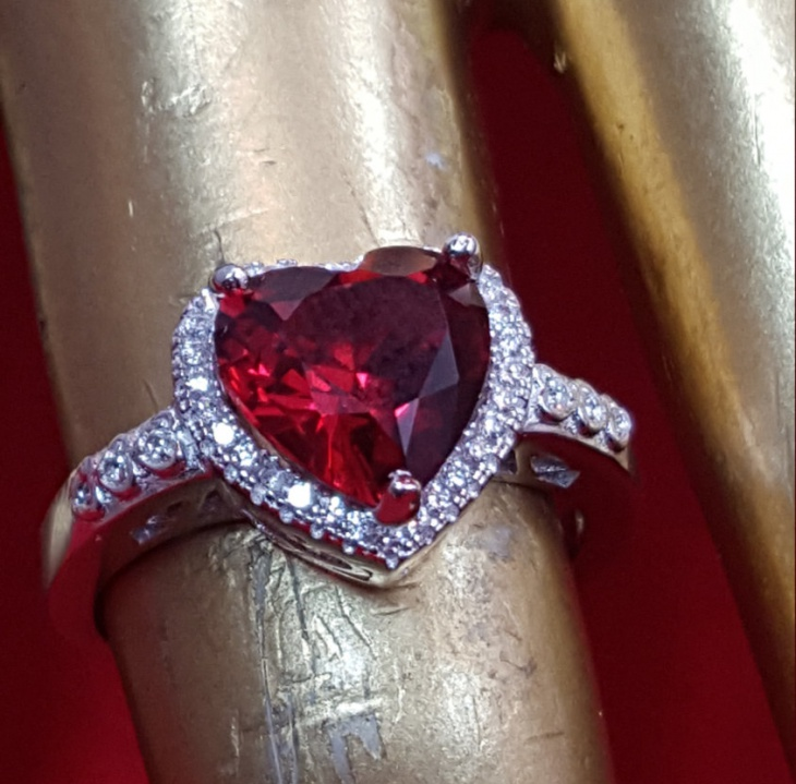Antique Ruby Heart Ring