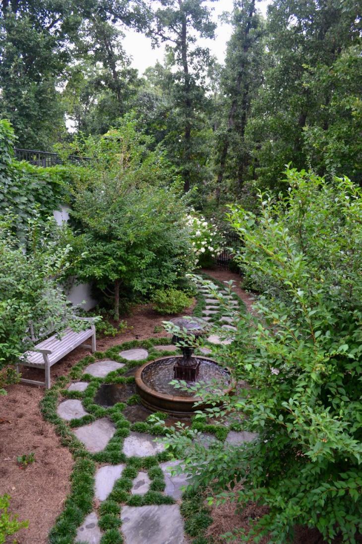 Traditional Outdoor Garden Fountain Idea